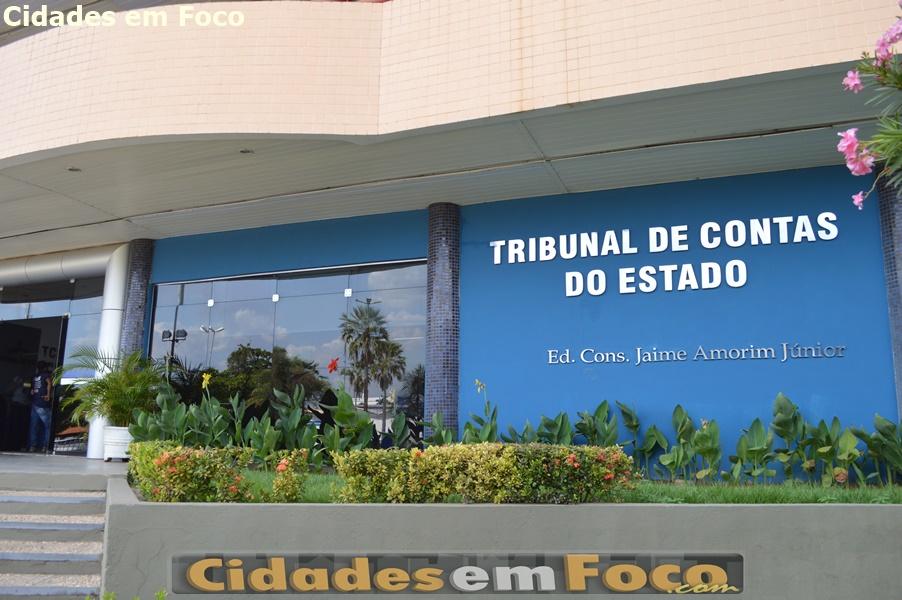 TCE aprova bloqueio de contas da prefeitura de Simplício Mendes e mais sete municípios do PI