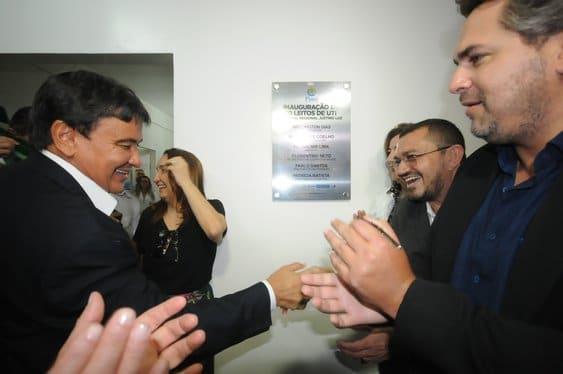 Governador inaugura 10 leitos de UTI no Hospital Justino Luz em Picos