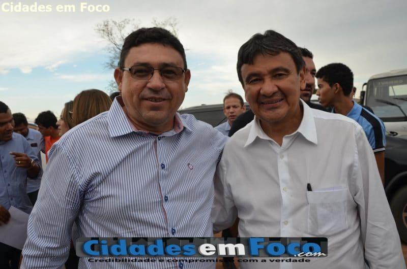 Prefeito recepciona governador e reivindica várias obras para São Francisco de Assis