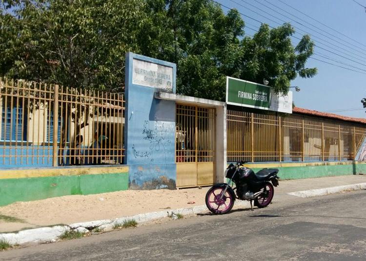 Diretora é agredida por aluna na escola estadual Firmina Sobreira