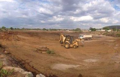 Prefeitura realiza a recuperação e limpeza de lagoa em Paquetá