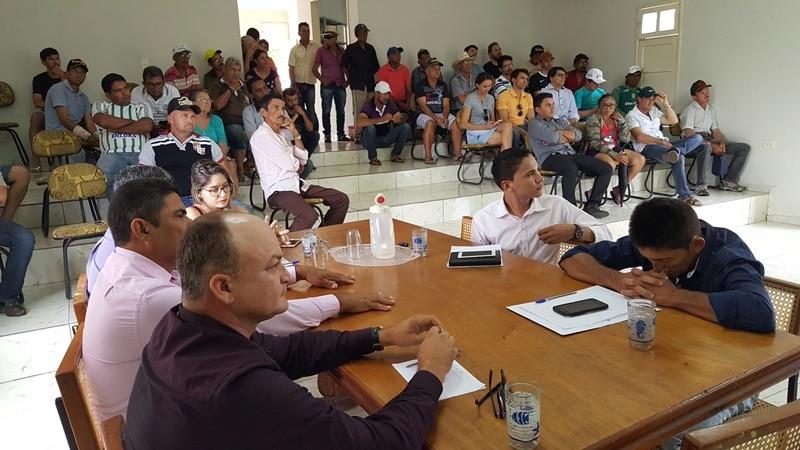 Câmara realiza última sessão do ano e entra de recesso em Jacobina do Piauí