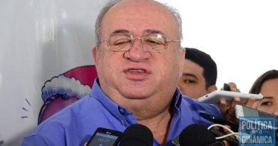 Oposição se junta a Luciano em seminários pelo interior do Piauí