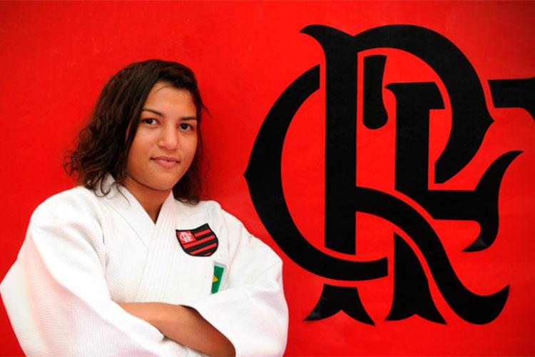 Flamengo oficializa a contratação da judoca piauiense Sarah Menezes