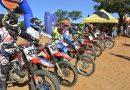 Motocross atrai mais de 80 competidores e reúne grande público em Oeiras