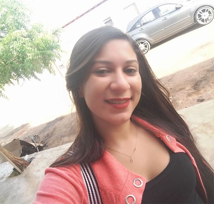 Açougueiro é suspeito de matar esposa após jogar faca na parede em Paulistana