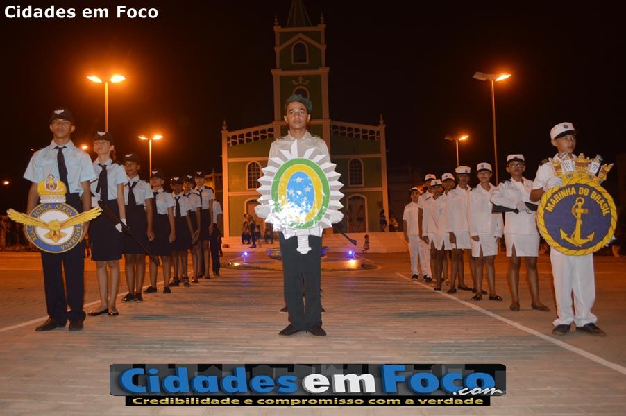 Prefeitura promove desfile cívico alusivo ao '07 de Setembro' em Curral Novo do Piauí