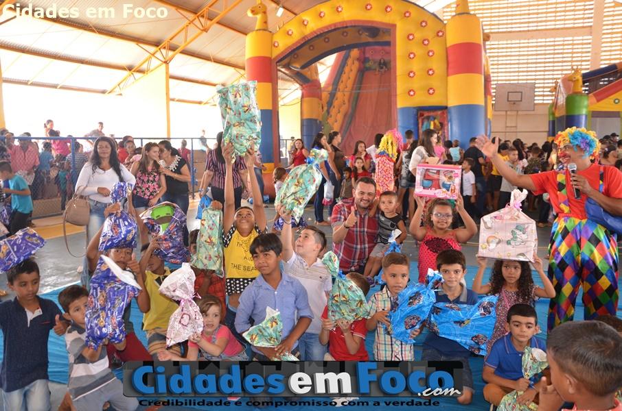 Prefeitura promove grande festa para as crianças de Lagoa do Barro do Piauí