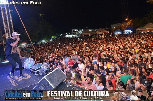 Show da banda Saia Rodada encerra Festival de Cultura em Santa Cruz do Piauí