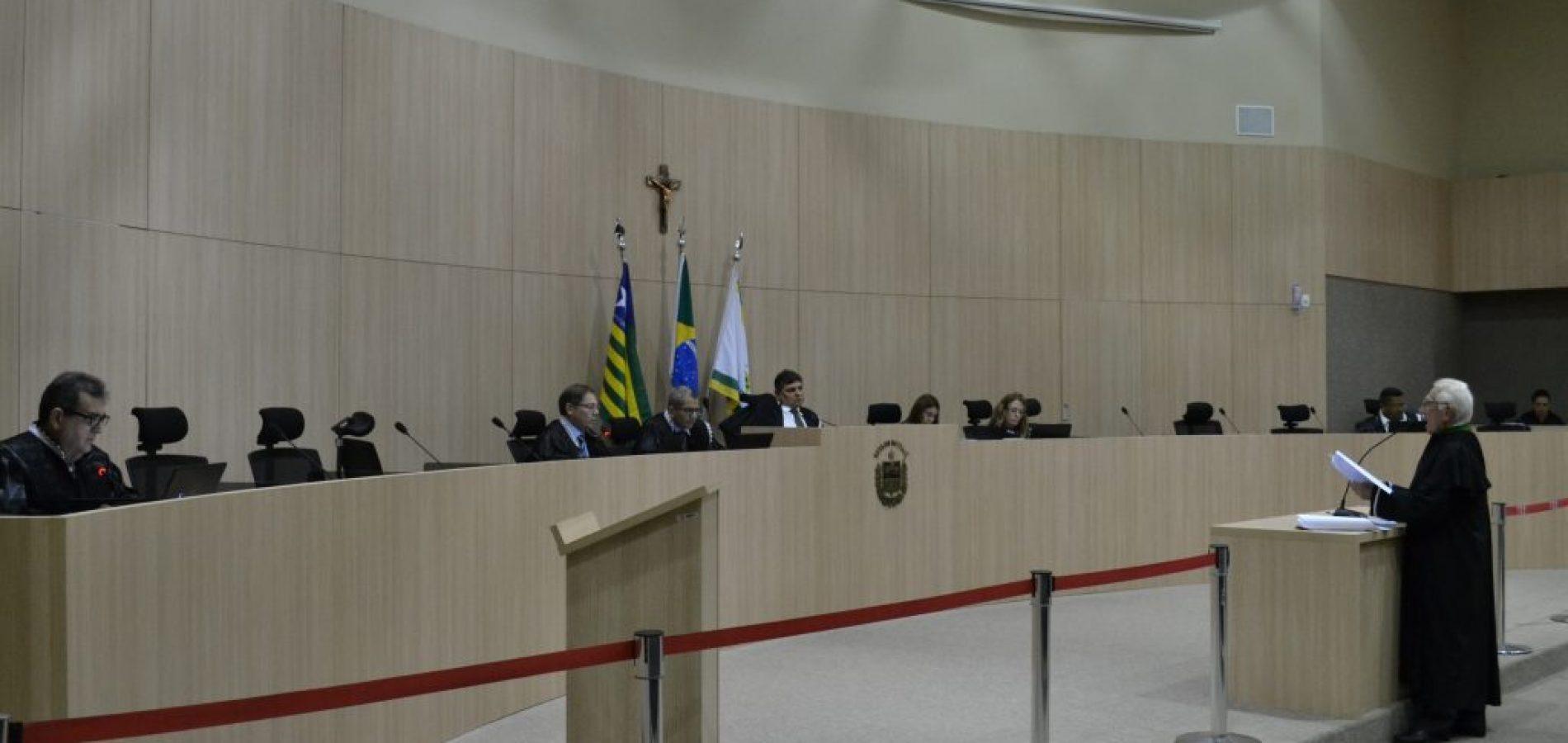 TCE bloqueia contas de 20 prefeituras e 22 Câmaras no Piauí; veja a lista