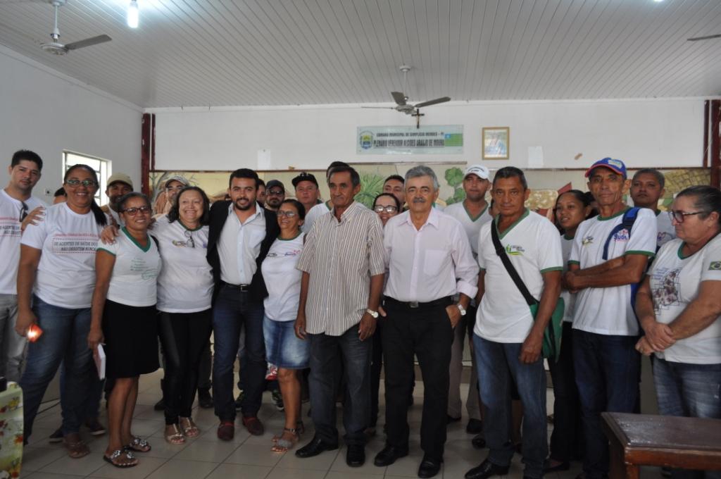Em votação secreta, vereadores mudam voto e mantêm veto do prefeito em Simplicio Mendes