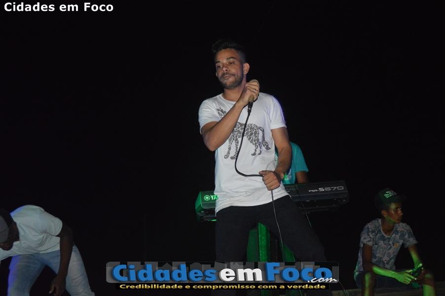 Fotos do torneio de futebol e show de Kell Sousa em Curral Novo do Piauí