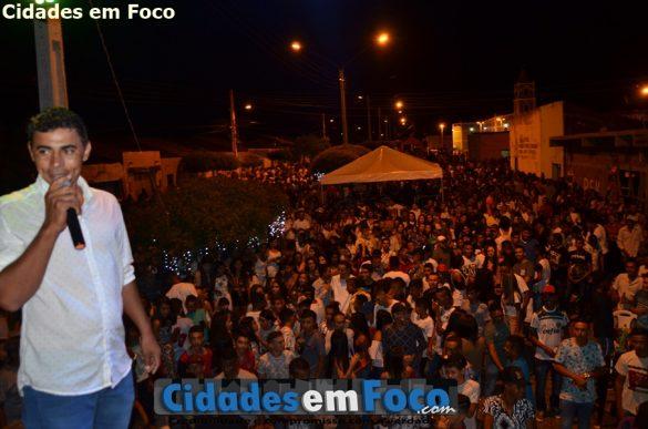 Prefeito Junior de Abel deseja Feliz Ano Novo para a população de Curral Novo