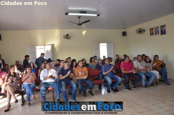 População prestigia solenidade de posse em Lagoa do Barro do Piauí