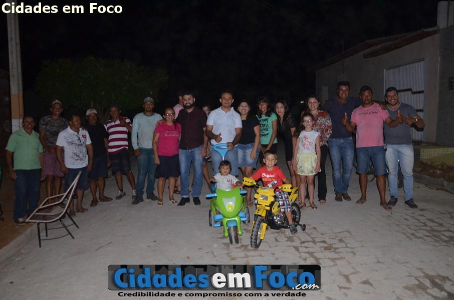 Moradores promovem churrasco e agradece prefeito GD por calçar rua em Jacobina do Piauí