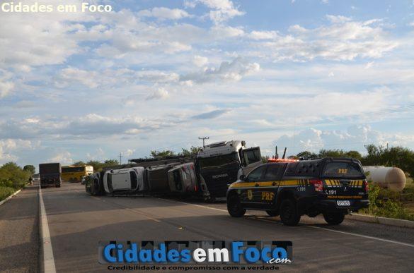 A seguradora foi acionada para fazer a remoção por completa do veículo!
