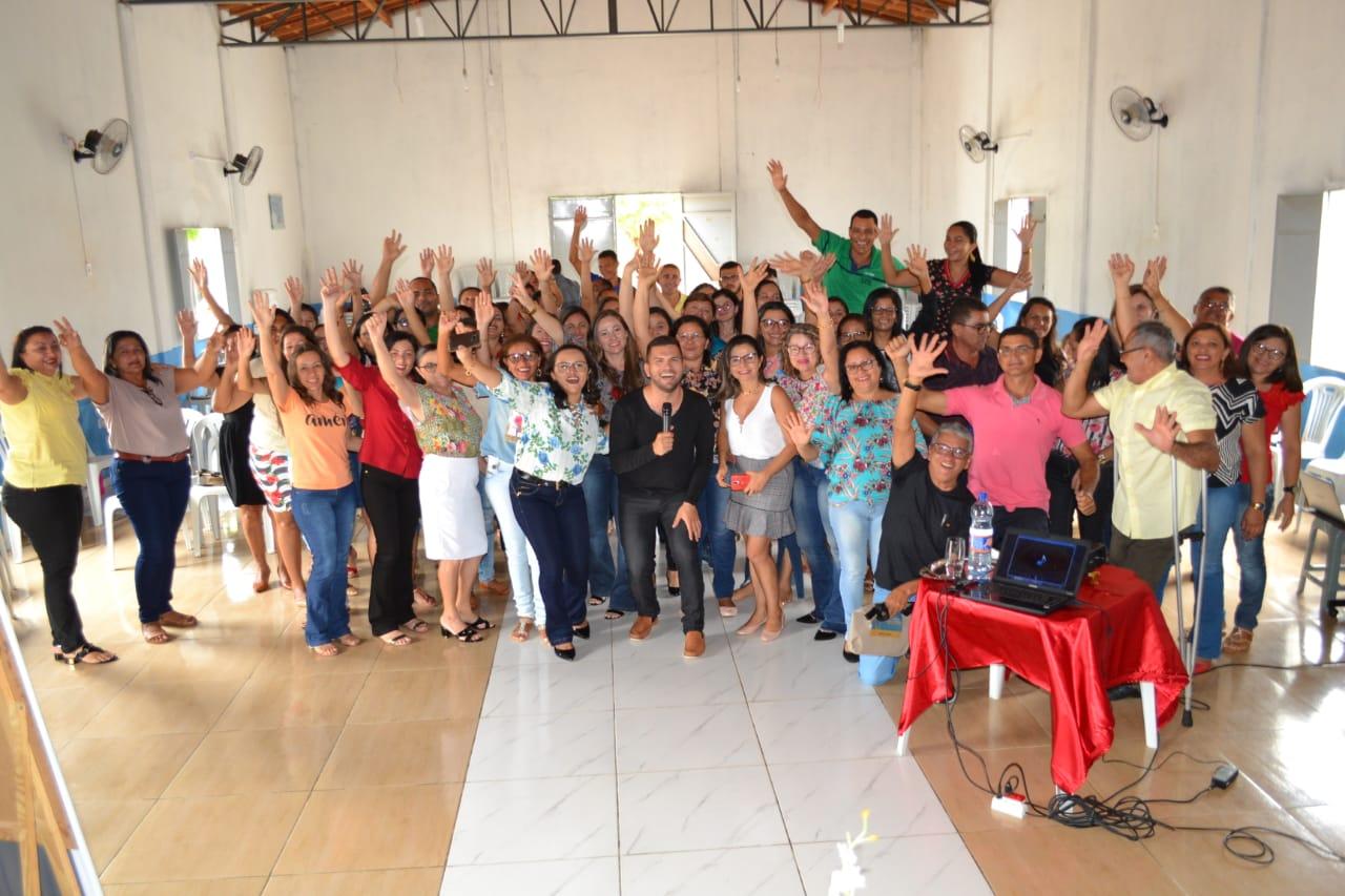 Encontro Pedagógico prepara profissionais da Educação para o novo ano letivo em Lagoa do Barro